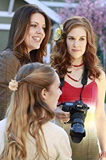 Andrea Parker Darcy Rose Byrnes And Katharine Emmer In Desperate Housewives 2004