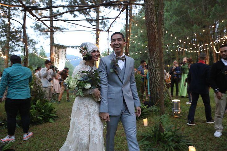 Andien Ippe: Exchanging Wedding Vow - the bride dept wedding pernikahan andien ippe pine forest bandung