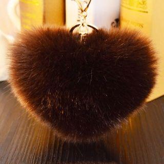 Brown Heart szőrme kulcstartó és táskadísz