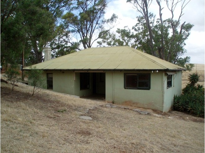 """""""Meg's Cottage and Garden"""" Gawler Off The Beaten Path Tip by ettiewyn"""
