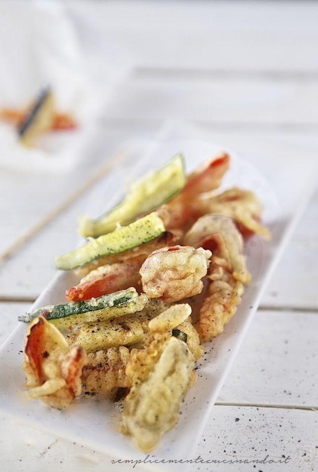 Il modo più gudurioso, croccante e sfizioso di friggere: tempura di verdure. Croccante, leggera ed avvolgente.