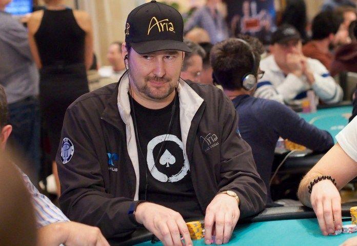 Фил Хельмут вещает на Twitch.  Обладатель четырнадцати браслетов Мировой серии покера, профессиональный игрок Фил Хельмут (Phil «The Poker Brat» Hellmuth) становится новым пополнением в когорте покерных стримеров Twitch.