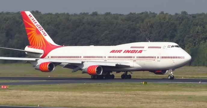 Srinagar: An Air India flight from Srinagar was forced to return to the airport here today after developing a technical snag mid-air. Former chief minister Omar Abdullah was also onboard the flight. The Air India flight from Srinagar to Jammu had to return to Srinagar airport after developing a...