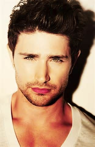 Matt Dallas or better known as KYLE XY!