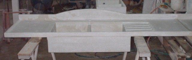 Manufatti in cemento a Ragusa - cucine rustiche e lavelli - Manufatti in cemento
