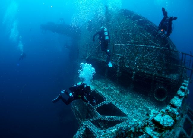 On May 17, 2006, the USS Oriskany became the largest ship intentionally sunk as an artificial reef. The USS Oriskany was sank 24 miles South...