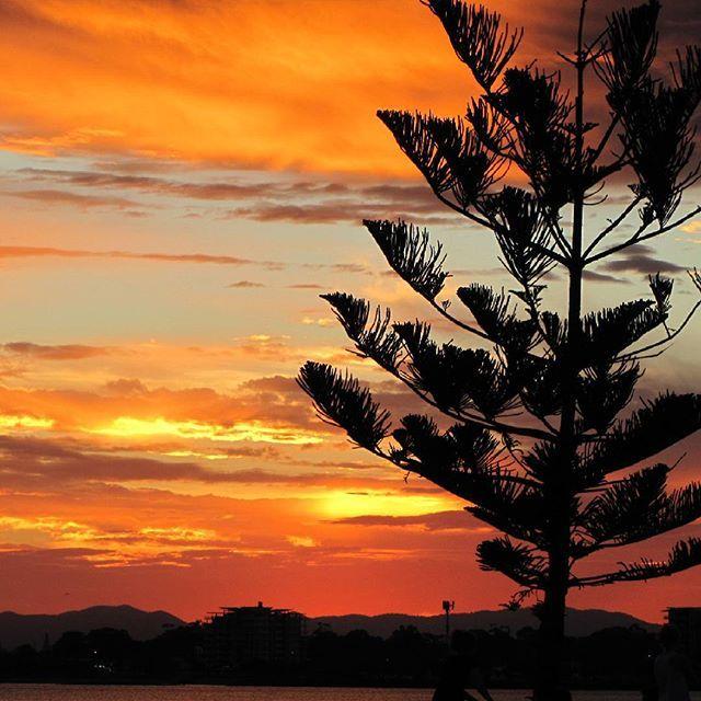 #Redcliffe Australia #australiansunset #visitmoretonbayregion