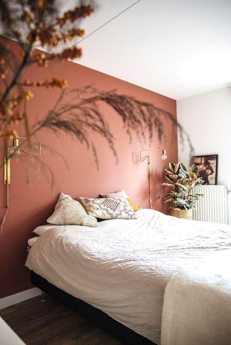 Schon Fur Ihr Schlafzimmer Eine Rostbraune Farbe An Ihrer Wand Eine Farbe Eine F In 2020 Schlafzimmerfarbe Schlafzimmer Inspirationen Schlafzimmerfarben