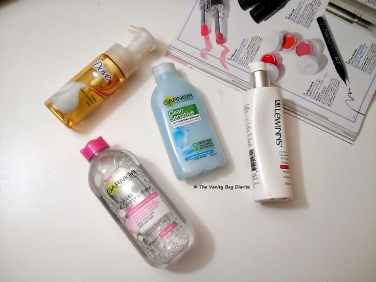 Makeup removers have always played an important part in my nightly routine. I have never been the one to use a normal cleanser to remove my makeup and prefer using makeup removers. So, in today's post I am sharing with you the different types of makeup removers I have tried.Clockwise as shown in t