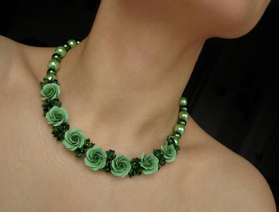 Statement roses necklace Green Polymer clay flowers Floral