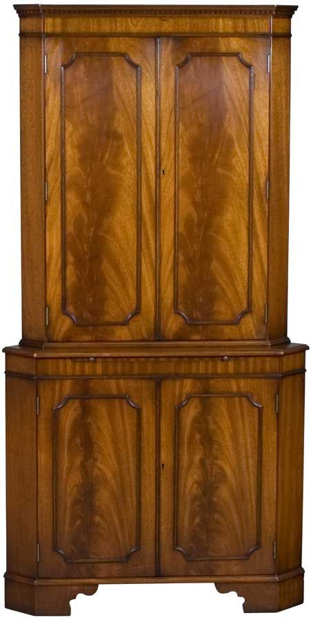 antique liquor cabinet best 25 corner liquor cabinet ideas on corner 10658