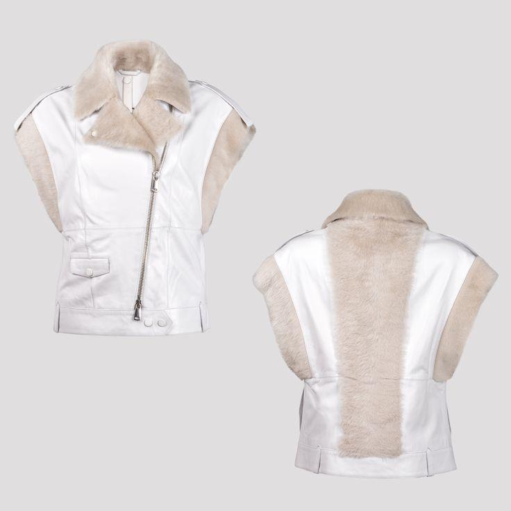 Realización de fotografías para la marca de diseño de ropa americana Roschterra con la técnica del maniquí invisible. Fotografía: Kinoki studio