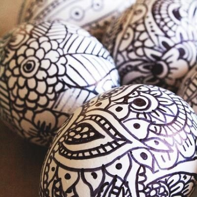 Doodle Easter Eggs {Easter Eggs}Holiday, Decor Eggs, Colors Sharpie, Doodles Eggs, Easter Eggs Decor For Kids, Doodles Easter, Sharpie Eggs, Boiled Eggs, Sharpie Markers