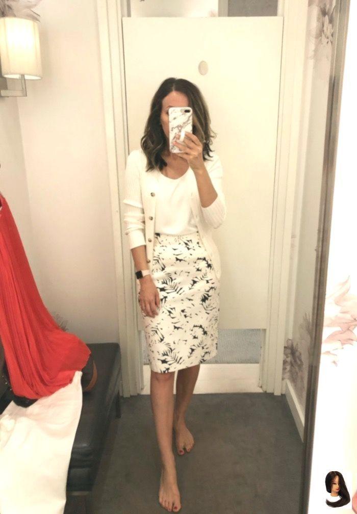 Schnappschusse Von Umkleideraumen Ann Taylor H M Dress Models In 2020 Professional Outfits Work Outfits Women Dresses For Work