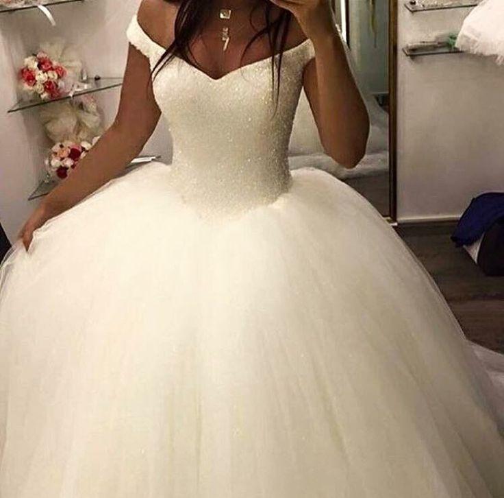 46 best Brautkleider images on Pinterest | Wedding dress, Wedding ...