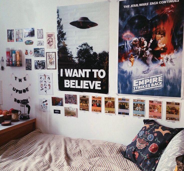 best 25 indie bedroom ideas on pinterest indie bedroom decor indie room decor and boho room