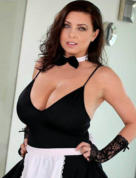 Ewa Sonnet - house-maid in 2020 | Women, Fashion, Model