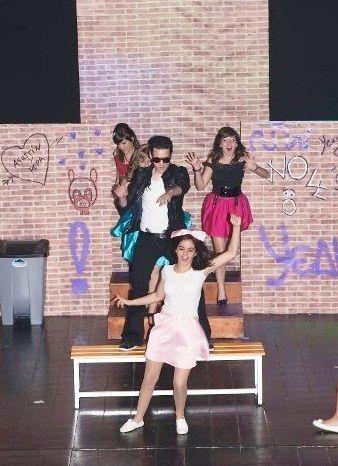 Me encanta hacer teatro. Esta obra es concretamente El lindo don Diego de Agustín Moreto, pero versionada en los años 50.