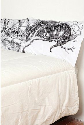 Alice in Wonderland pillow shams