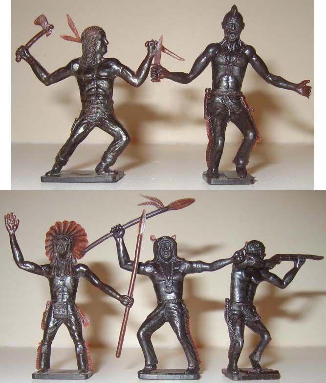 В 1953 году произошла новая революция в игрушечном бизнесе: американская компания «Louis Marx and Company» выпустила не обвычных солдатиков, а воинов-индейцев, которые были объединены в два набора - «Лагерь индейцев» «Худые индейцы». Интересно, что ранние выпуски фигурок набора «Лагерь индейцев» производились из резины и не имели подставок. И, только через год, их производство было переведено на мягкий пластик и каждой фигурке была добавлена подставка. Когда же продажи индейцев перешагнули…
