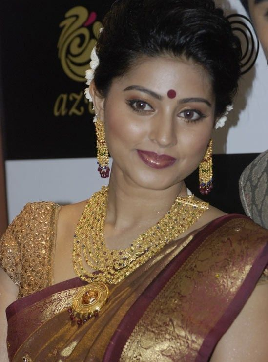 Launch of Azva Jewellery By World Gold Council, Featuring Celebrity Couple Sneha & Prasanna ... - photo#7