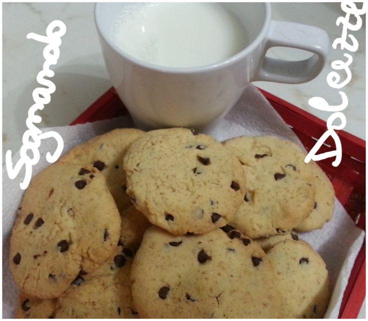 Sognando Dolcezze: Biscotti con farina di riso, farina integrale e gocce di cioccolato