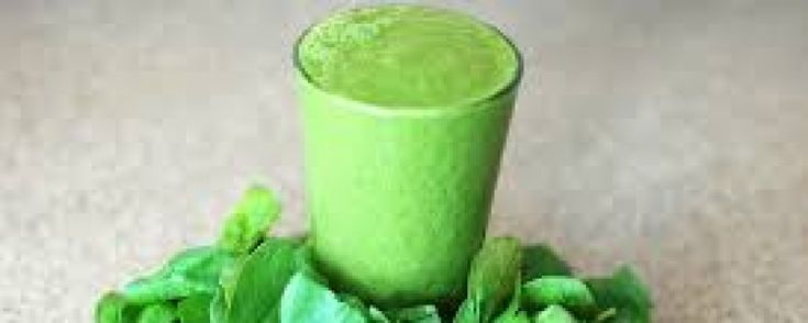 Banaan spinazie bosbes kokoswater smoothie
