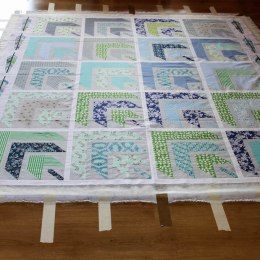 szycie quiltów, szycie patchworków, pikowanie patchworków, jak zrobić kanapkę do pikowania, jak pikować duże quilty, quilting, boho quilt, boho patchwork, narzuta patchworkowa, blog o szyciu, szycie na maszynie