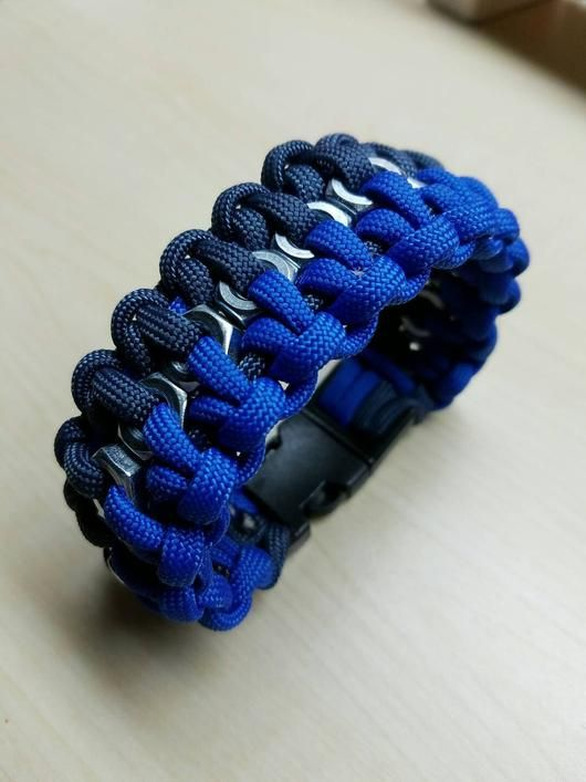 how to make a two color paracord bracelet with buckle