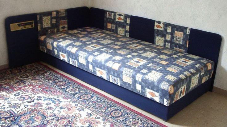 Einzelbett mit Bettkasten und Radio / Haushaltsauflösung