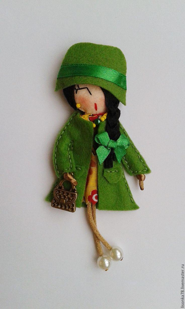 Купить Брошь-куколка из фетра - зеленый, брошка куколка, куколка, броши, брошки, броши из фетра