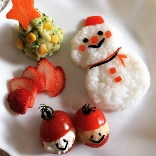 ハロウィンから始まり、クリスマス、ひな祭りとこれから楽しいイベント盛りだくさん♡ 今回はそんなイベント時に赤ちゃんと盛り上がれるデコ離乳食をご紹介します。 アイディア次第で、離乳食もとってもキュートな離乳食に!イベント前に是非チェックしてみてくださいね。