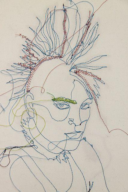 Olivia - Brilliant machine embroidery