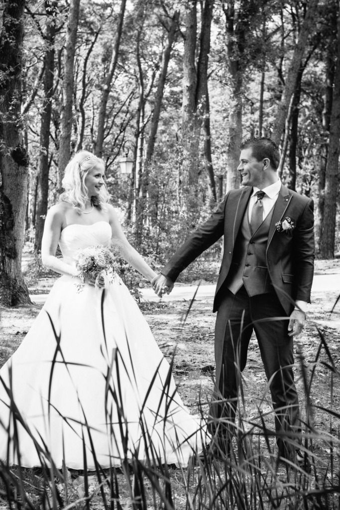 Wedding inspiratie: Op 15 mei 2015 gingen wij trouwen. Dit zijn wat foto's van de trouwreportage. Mijn trouwjurk, zijn trouwpak, de mooie locatie en meer trouwinspiratie