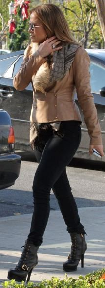 Who made Jennifer Lopez's boots and print scarf that she wore in Calabasas on December 18, 2011?
