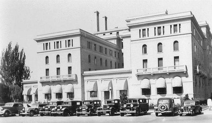 Hotel O'Higgins de Viña del Mar en el año 1940. Este edificio construido en 1931 fue durante varias décadas en el albergue de los artistas p...