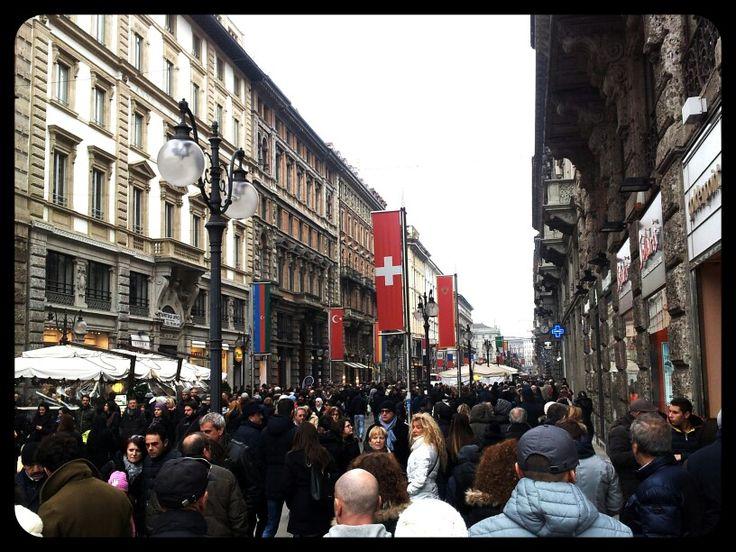 Gente in città