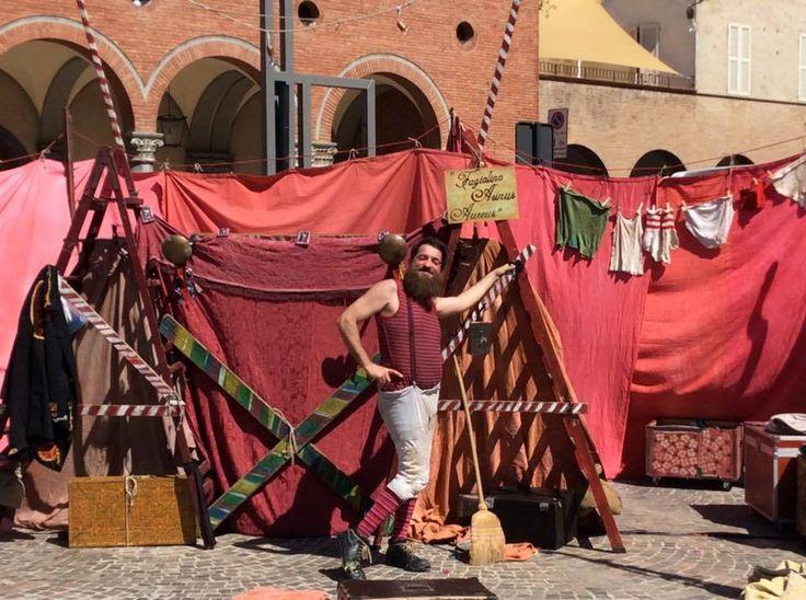 Teatro di figura: Fagiolino asino d'oro - Teatro del Drago