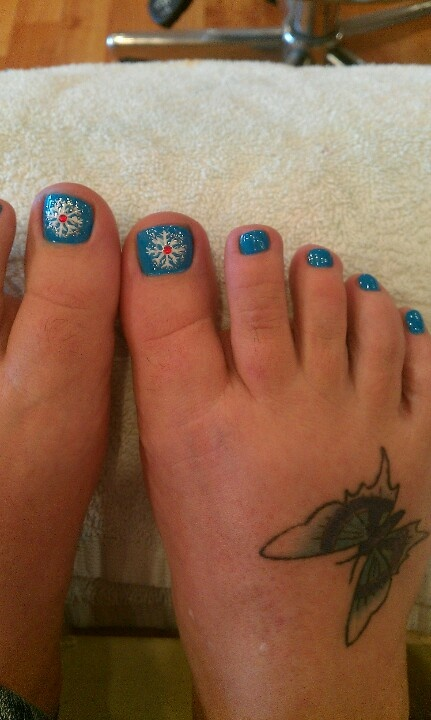 Toenail Christmas Design: Only Best 25+ Ideas About Christmas Toes On Pinterest