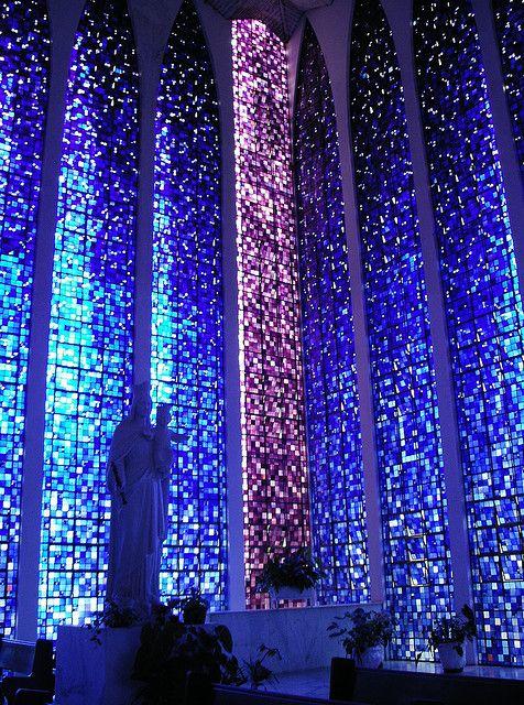 Igreja Dom Bosco ♦ Brasilia, Brazil |