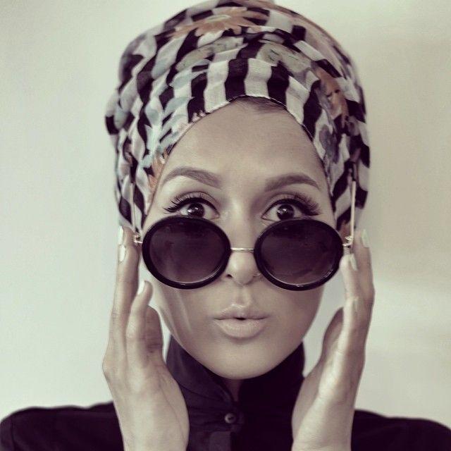 Je vous ai concocté une petite sélection de «hijabistas» à suivre sur Instagram, pour la plupart elles ont soit une chaîne YouTube, soit un blog. En tous cas ce sont pour to…