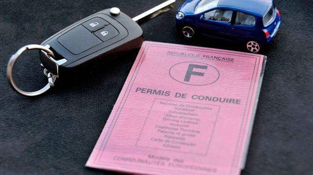 Agents publics ou contractuels pourront faire passer le permis de conduire Check more at http://info.webissimo.biz/agents-publics-ou-contractuels-pourront-faire-passer-le-permis-de-conduire/