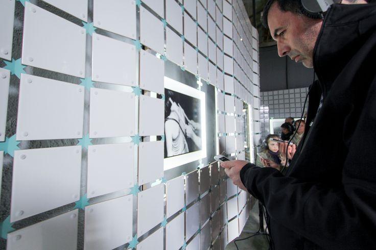 User exploring the senses. Réserve Deboussolée,Biennale Design Saint Étienne.image ©futurecrafter