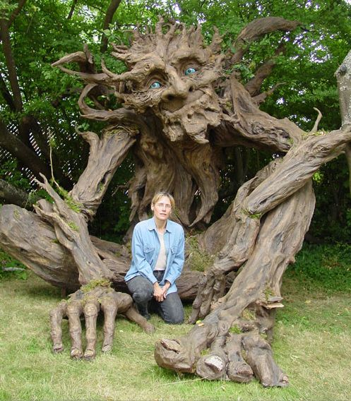 Seattle sculptress Kim Graham and her team made this amazing troll sculpture out of reclaimed lumber, discarded cardboard, and papier mach...