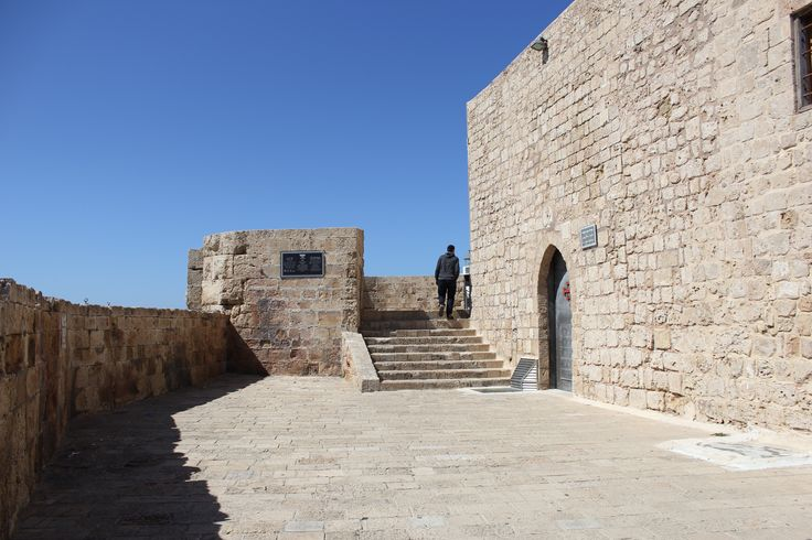 The ancient city of Acre was build 4000 years ago. It is the most ancient port city in the world. http://www.eggedtours.com/galilee-golan-heights/caesarea-acre-rosh-hanikra.aspx