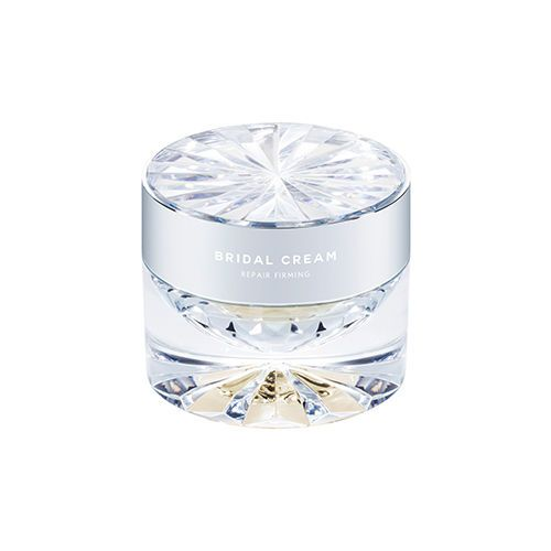 Wrinkle improvement / whitening dual functional cosmetics  Elasticity room texture containing concentrated nutrients  It provides careful skin care and smooth skin elasticity.  Peptide that increases the elasticity of skin gives elasticity and lustrous volume to skin that has lost elasticity.  Plant ingredients calm sensitive skin due to external harmful environment.