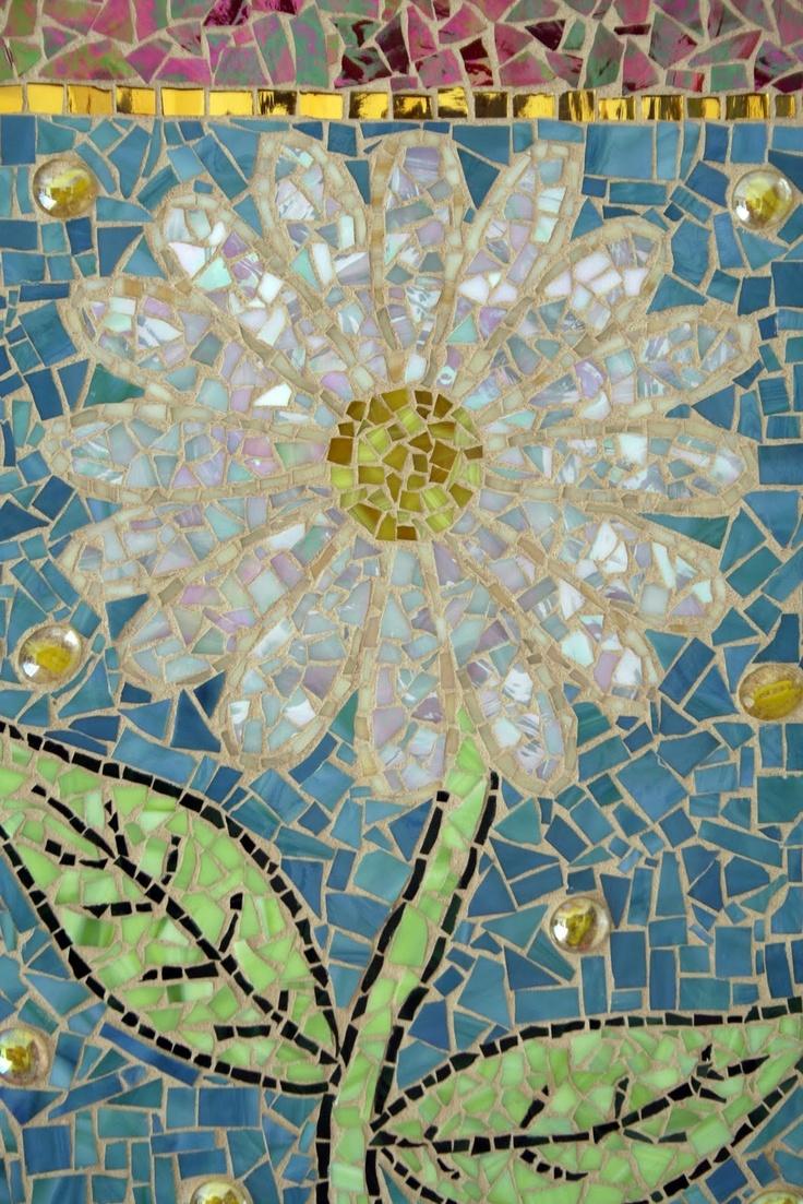 daisy mosiac