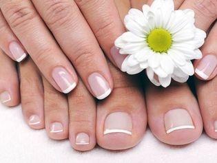 8 soins nature pour vos pieds et mains