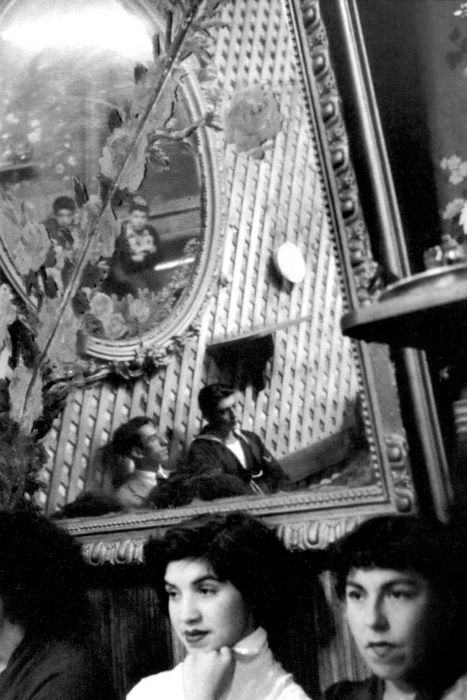 valparaiso, chile, 1963  photo by sergio larrain, from magnum
