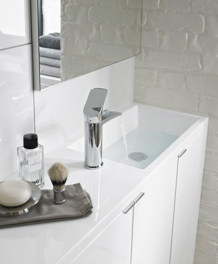 Long Narrow Bathroom, Narrow Bathroom Vanities